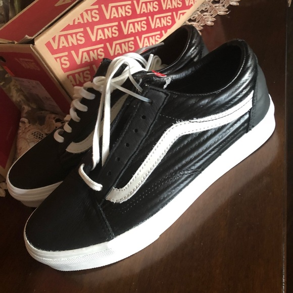 dac71bddba New larger vans classic must have